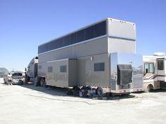 That is one fancy-ass RV. Luxury Campers, Luxury Motorhomes, Airstream Trailers, Horse Trailers, Big Rig Trucks, Ford Trucks, Super C Rv, Luxury Rv Living, Fifth Wheel Campers