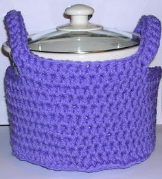 slow cooker carrier pattern....I'll create my own pattern...use same idea for a casserole dish too