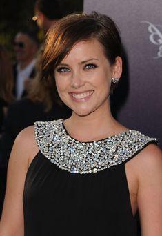 Jessica Stroup Short Side Part - Short Hairstyles Lookbook - StyleBistro
