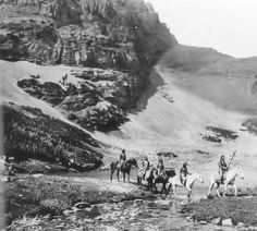 Native American Indian Pictures: Blackfoot Indian Camps on the Montana Reservation Native American Pictures, Indian Pictures, Native American Tribes, Native American History, Native Americans, American War, North Dakota, North America, Wyoming
