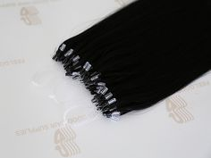 Micro loop hair extensions with cuticle remy hair, micro rings already attached, very easy to apply and remove, perfect to add volume.