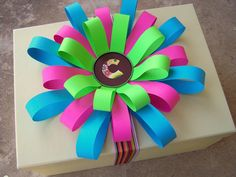 DIY:: Construction paper bows How To-