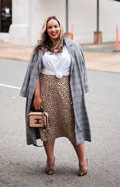 Pretty Plus Size Fashion. Trouble-Free Plus Size Fashion Solutions - The Facts - Blast Fash Autumn Fashion Curvy, Plus Size Fashion For Women, Fall Fashion Trends, Curvy Fashion, Modest Fashion, Fashion Outfits, Unique Fashion, Fashion Fashion, Fashion Ideas