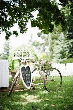 Pon una bicicleta vintage en la decoración de tu boda   Blog de Bodas con detalle