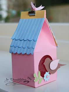 Stampin' 'n Stuff: Birdhouse Tutorial and Template casinha de passaro de caixa de papel para presente