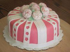 Birthday Cakes on Pinterest  Birthday cakes, Flower birthday cakes ...