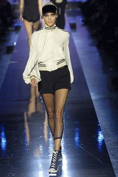Jean Paul Gaultier Spring 2007 Ready-to-Wear Collection Photos - Vogue