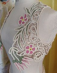 https://sunshinescreations.wordpress.com/2010/07/27/bolero-romanian-point-lace-pattern-circa-1900/