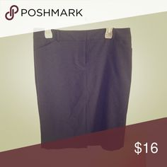 Navy Talbots skirt This skirt has been worn 3-5 times. It's knee length. Super cute for business casual or some dressy! Talbots Skirts Pencil