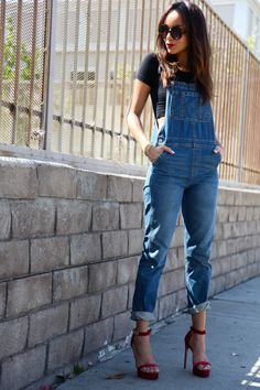 and this is how you wear denim overalls: crop top + strappy heels love love love loveee this outfit!