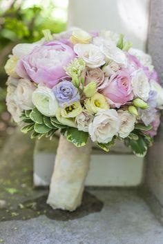 Sweet pastel wedding bouquet. Mimosa Flower Studio