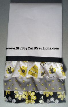 Bumble Bee Kitchen TowelsSet Of 2LINT FREE By