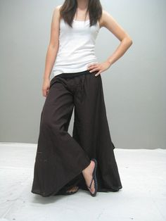 Palazzo pants, also known as wide-leg or gaucho pants, flare ...