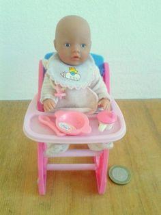 Ich verkaufe eine Mini Baby Born inklusive Teller, Löffel, Fläschchen…