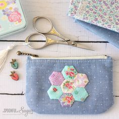 @ A Spoonful of Sugar - Hexie Zippered Pouch - with links to free tutorials for…