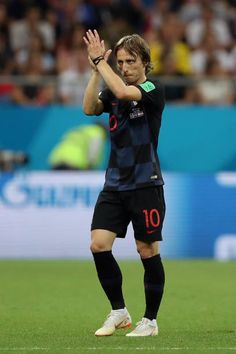 Luka Modric of Croatia applauds fans after he is substituted off during the 2018 FIFA World Cup Russia group D match between Iceland and Croatia at Rostov Arena on June 2018 in Rostov-on-Don,. World Cup 2018, Fifa World Cup, Rostov On Don, Messi And Ronaldo, Coach Quotes, Neymar, Real Madrid, Croatia, Soccer