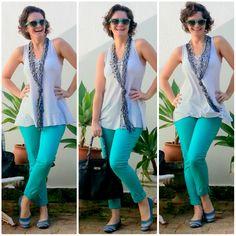 blog v@ LOOKS   por leila diniz: CALÇA AZULÃO (OU SERIA VERDE!?) no look 2 da semana temática calças coloridas + msg DEUS