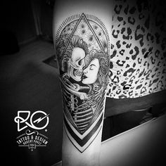 Kiss under the moon by RO • Robert Pavez (@ ro_tattoo)  #design #skull #moon #kiss #death #occultism • using #eikondevice coil machine #powersupply #ems420 #stencilstuff #inks #intenze_products #tattoo #tattoos #blackwork #bnw #bnw_society #blackworkers #black_ink_power #dotwork #dotworkers #oldart #oldlines #illustration #death #darkartists #blacksailsuk #bw #bw_lover #equilattera #dark