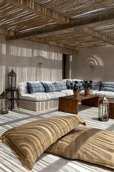Bamboo ceiling, outdoor room Home Interior, Modern Interior, Interior Decorating, Interior Design, Decorating Ideas, Interior Plants, Floor Seating, Patio Seating, Garden Seating
