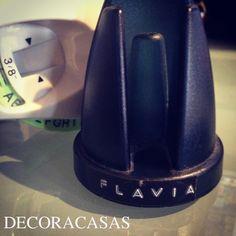 Como usar o rotulador (rotex) para organizar sua casa com um ar vintage. Dicas e ideias selecionadas por Flávia Ferrari para facilitar sua vida.