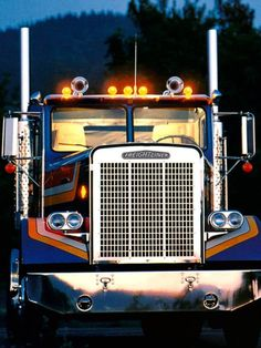 Freightliner FLA conventional