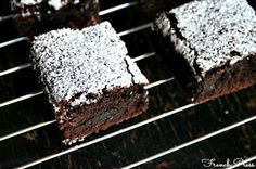 Baileys Irish Cream Brownies | heathersfrenchpress.com #stpatricksday