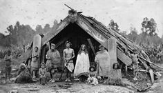 Maori family outside a whare puni - ca Maori Words, Nz History, Maori People, Maori Designs, New Zealand Art, Maori Art, Vintage Gothic, Historical Pictures, Best Artist
