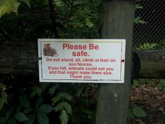 Funny Zoo Sign