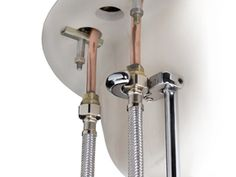 The TEKTON 2672 Basin Wrench's spring-loaded swivel jaw makes plumbing work a piece of cake.