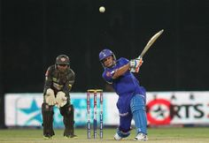 Brad Hodge of Rajasthan Royals hits over the top for six during the eliminator match of the 2013 Pepsi Indian Premier League between The Rajasthan Royals and the Sunrisers Hyderabad held at the Feroz Shah Kotla Stadium, Delhi on the 22nd May 2013