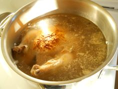 Easiest Chicken Stock - First bake Chicken in stock pot. Scd Recipes, Meat Recipes, Real Food Recipes, Chicken Recipes, Cooking Recipes, Free Recipes, Recipies, Yummy Food, Homemade Bone Broth