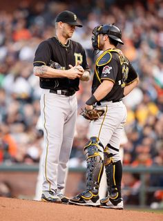 Francisco Cervelli Photos - Pittsburgh Pirates v San Francisco Giants - Zimbio