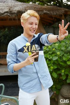 JYJ Kim Junsu (Xia)    Xignature 4th album - 2016.05.31 on vlive talk  cute and sweet