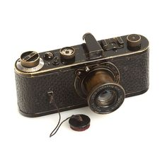 Leica-O still makes all the modern camera ugly