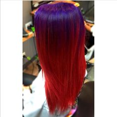 Mermaid hair with glowing purple and red 🙌🏻😍
