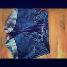 Urban outfitters denim shorts Size 25 urban outfitters denim shorts Urban Outfitters Shorts Jean Shorts