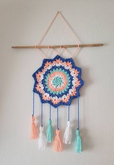 Hand Crocheted Dreamcatcher Wall Hanging with tassels. Color scheme inspired by sunflowers. Crochet Dreamcatcher Pattern Free, Crochet Butterfly Pattern, Crochet Triangle, Crochet Motif, Crochet Stitch, Crochet Patterns, Crochet Wall Art, Crochet Wall Hangings, Crochet Decoration