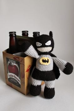 Batman Doll- Free Amigurumi  Pattern here: http://simplecrochetandcrafts.blogspot.co.uk/2014/06/batman-for-fathers-day-crochet-pattern.html