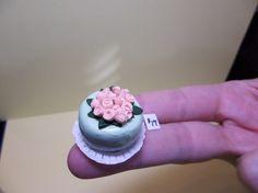 1/12 Scale Dollhouse Miniature Fondant-Style Cake by MinisByMimi