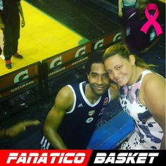 by @caridadge #FanaticoBasket  #johncox gracias por la foto fuiste la estrella de la noche arriba #bucanerosdelaguaira ##DiaMundialContraElCancer