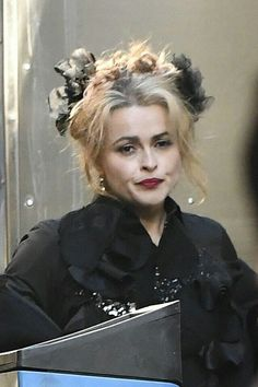 Helena Bonham Carter, Helen Bonham, Helena Carter, The Stranger Movie, Johnny Depp Movies, Bellatrix Lestrange, Granny Chic, Curly Hair Cuts, Movies