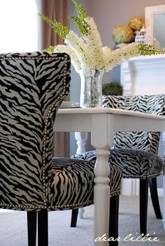 love these zebra chairs!