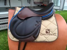 www.horsealot.com, the equestrian social network for riders & horse lovers | Equestrian Fashion : Childéric saddle blue.