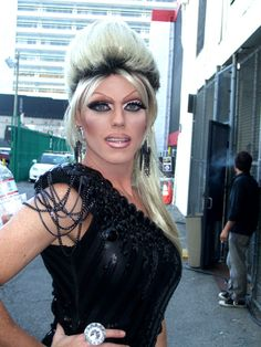 Photo of Morgan McMichaels for fans of RuPaul's Drag Race 26168400 Morgan Mcmichaels, Queen Love, Fembois, Rupaul Drag, Sexy Makeup, Photo Viewer, Gorgeous Women, Beautiful, Crossdressers