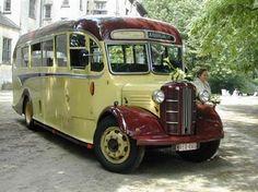 Oldtimer te huur: Austin  (Engelse Bus)