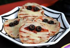 #Mummy Faced #Pizza
