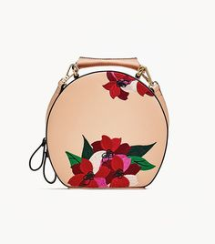 Round Bag With Floral Embroidery Fashion Handbags, Fashion Bags, Women's Fashion, Golf Fashion, Latest Fashion, Fab Bag, Round Bag, Purse Styles, City Bag