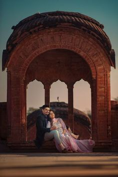Photo From Anu + Jag | Enamor shoot | 2018 - By Mehar Photography Indian Wedding Couple Photography, Wedding Couple Photos, Couple Photography Poses, Pre Wedding Shoot Ideas, Pre Wedding Poses, Pre Wedding Photoshoot, Couple Photoshoot Poses, Couple Shoot, Couple Pics