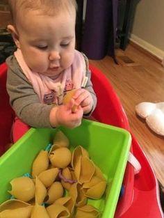 Formes, textures, couleur : les pâtes sont les meilleures amies des bébés