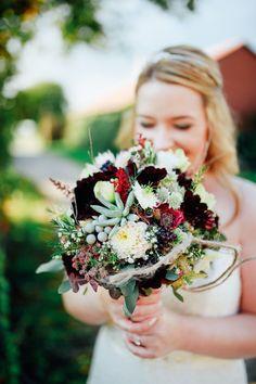 Brautstrauß von #millesfleurs #hannover Foto: #dasstadtstudio #escheverien #schokocosmeen #eucalyptus #boheme #bouquet #love #bestday #love #goodday #wedding #party #weddingparty #celebration #bride #groom #bridesmaids #happy #happiness #unforgettable #love #forever #weddingdress #weddinggown #weddingcake #family #smiles #ceremony #romance #marriage #weddingday #flowers #celebrate